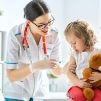 vaccination-to-child-L2E9QRB.jpg